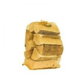 Oak Kiln Dried Logs 3 for €12.99  424502